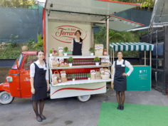 Ferrarelle alle Officine Farnetoper il Cooking for Art